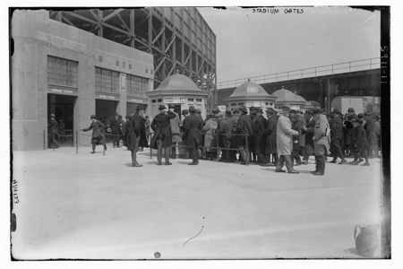 Fans in line for a Yankees game in 1923